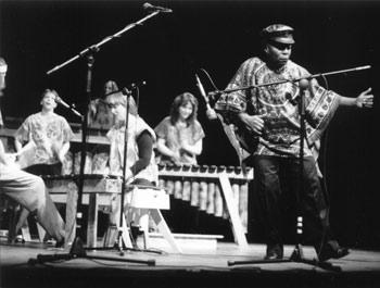 Dumisani Maraire zimbabwe culture music mbira marimba lessons performances Eugene